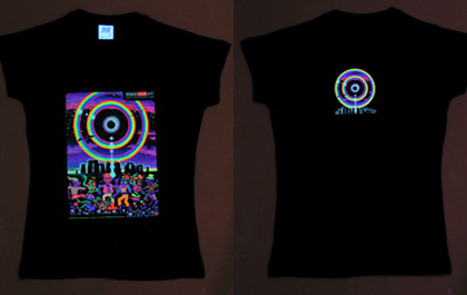 blacklight t-shirt under uv / black light